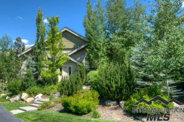 1381 Hearthstone Court, Mccall, ID 83638 (MLS #98716477) :: Juniper Realty Group