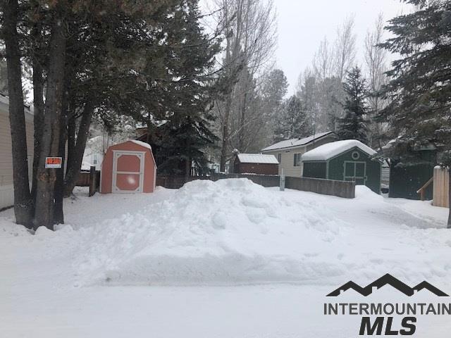 514 Sawyer #D15, Cascade, ID 83611 (MLS #98717284) :: Bafundi Real Estate