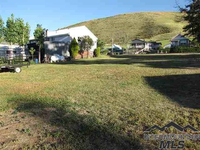 TBD Hill Street, Pomeroy, WA 99347 (MLS #98724970) :: Full Sail Real Estate