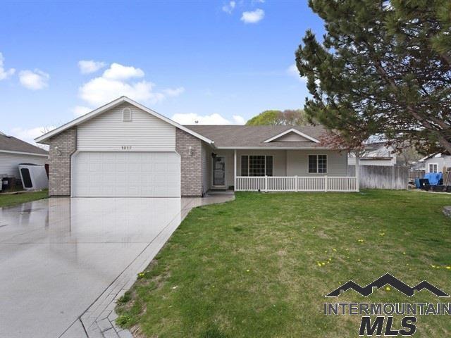 1817 N Eagle View Street, Nampa, ID 83651 (MLS #98725117) :: Jon Gosche Real Estate, LLC