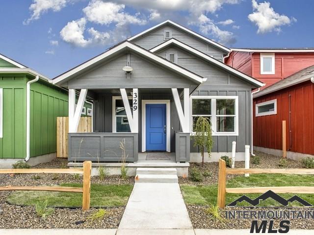 2483 S Loveland Lane, Boise, ID 83705 (MLS #98725521) :: Jon Gosche Real Estate, LLC