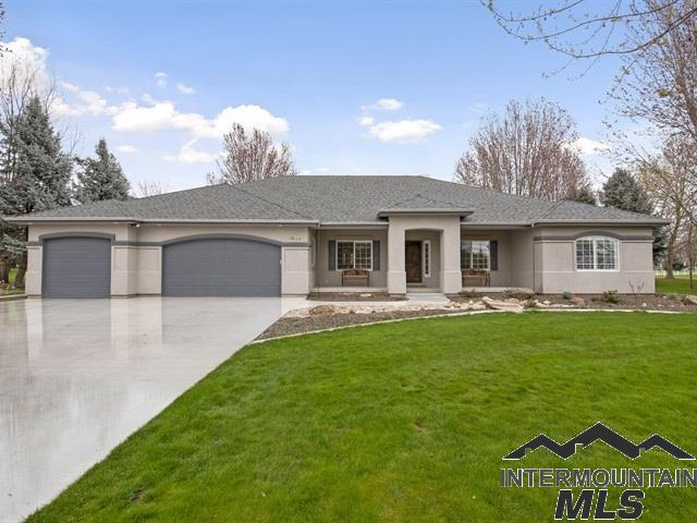 1646 N Chaucer, Eagle, ID 83616 (MLS #98725936) :: Full Sail Real Estate