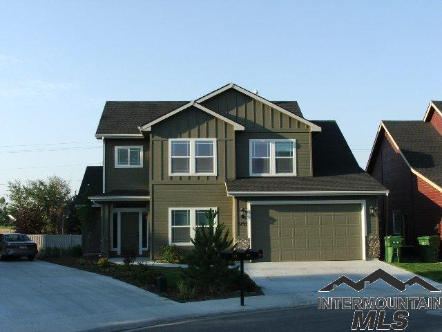 3192 S Savia, Meridian, ID 83642 (MLS #98725999) :: Full Sail Real Estate
