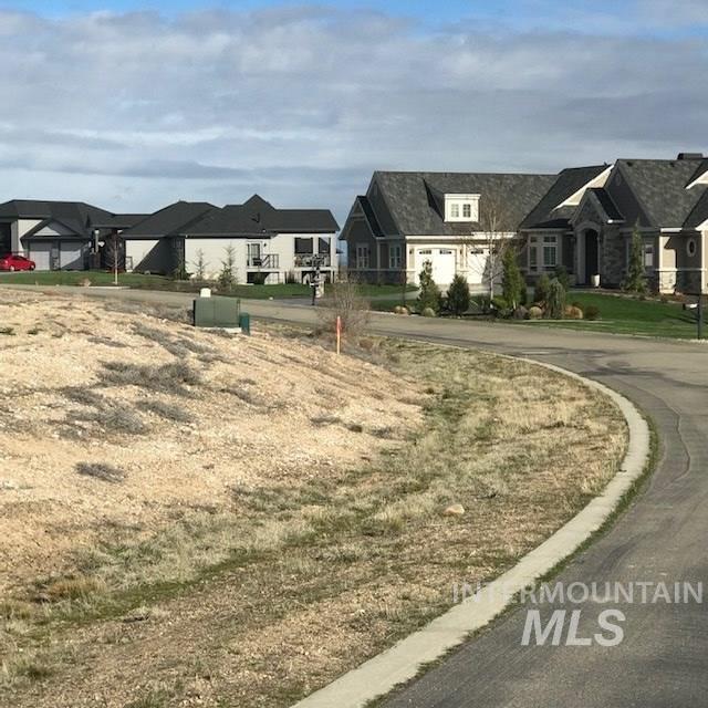 22884 Aura Vista Way, Caldwell, ID 83607 (MLS #98726460) :: Jon Gosche Real Estate, LLC