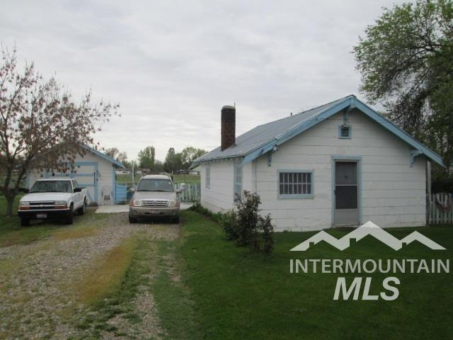 236 14th Ave N, Payette, ID 83661 (MLS #98726477) :: Jon Gosche Real Estate, LLC