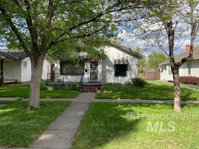 127 10th Ave E, Twin Falls, ID 83301 (MLS #98728295) :: Legacy Real Estate Co.