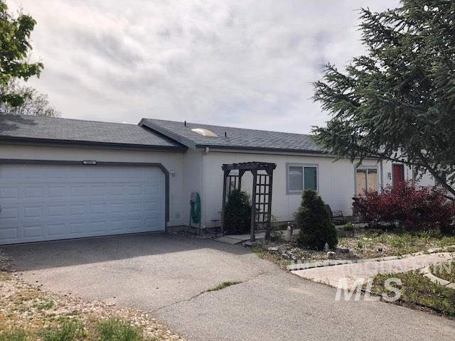 2256 S Phillippi St, Boise, ID 83705 (MLS #98730696) :: New View Team