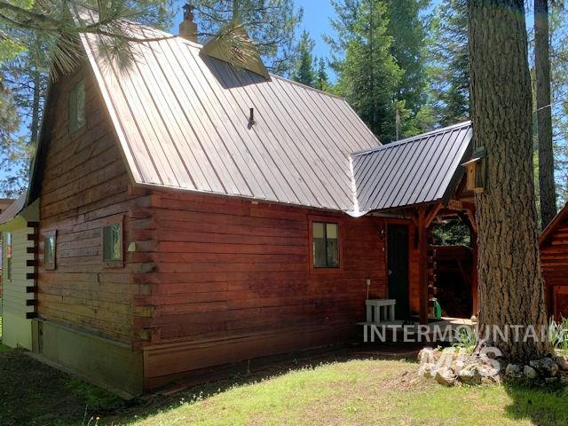 36 Elk Run, Garden Valley, ID 83622 (MLS #98732125) :: Bafundi Real Estate