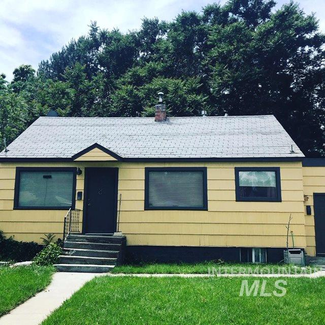 2911 W Moore, Boise, ID 83702 (MLS #98732506) :: New View Team