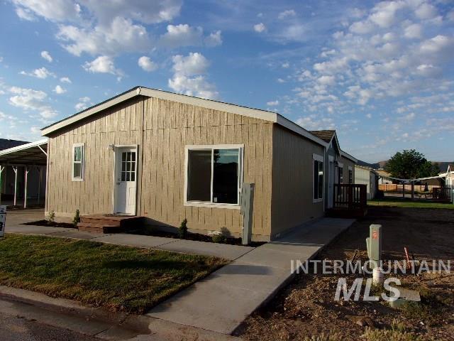 715 Independence Lane, Emmett, ID 83617 (MLS #98733557) :: Alves Family Realty