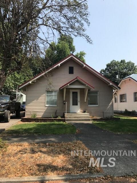 228 N E Street, Orofino, ID 83544 (MLS #98733743) :: Boise River Realty