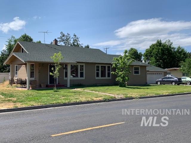 615 Fillmore Street, Twin Falls, ID 83301 (MLS #98734779) :: Silvercreek Realty Group