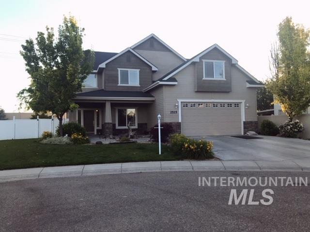2525 W Sherman Ave., Nampa, ID 83686 (MLS #98734825) :: Legacy Real Estate Co.