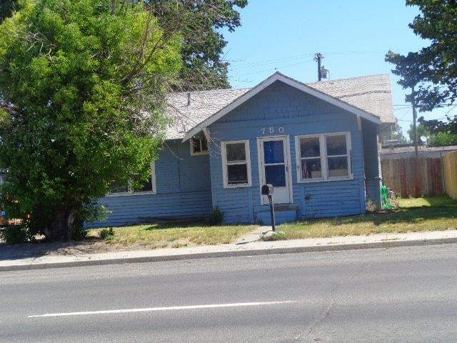 750 2nd Ave. West, Twin Falls, ID 83301 (MLS #98736266) :: Epic Realty