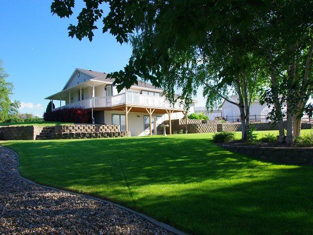 10888 N Iowa Avenue, Payette, ID 83661 (MLS #98737599) :: Idahome and Land