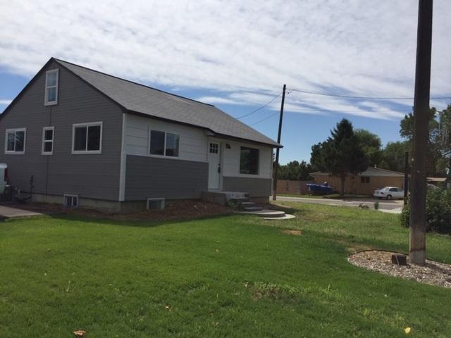 2410 N Maple Grove, Boise, ID 83704 (MLS #98737672) :: New View Team