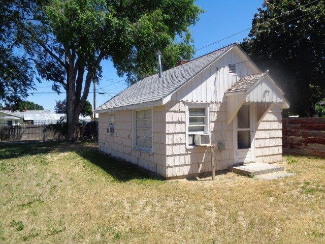 640 Pierce St., Twin Falls, ID 83301 (MLS #98737849) :: Jon Gosche Real Estate, LLC