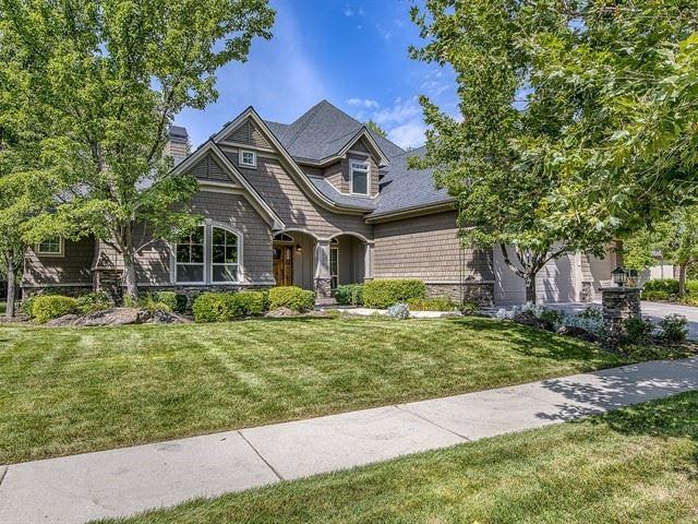 1035 S Island Glenn Way, Eagle, ID 83616 (MLS #98740253) :: Boise River Realty