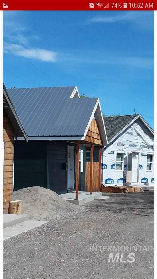106 E Main Street, Nyssa, OR 97913 (MLS #98744463) :: New View Team