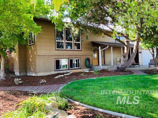 257 NW 16th Street, Ontario, OR 97914 (MLS #98744552) :: Boise River Realty