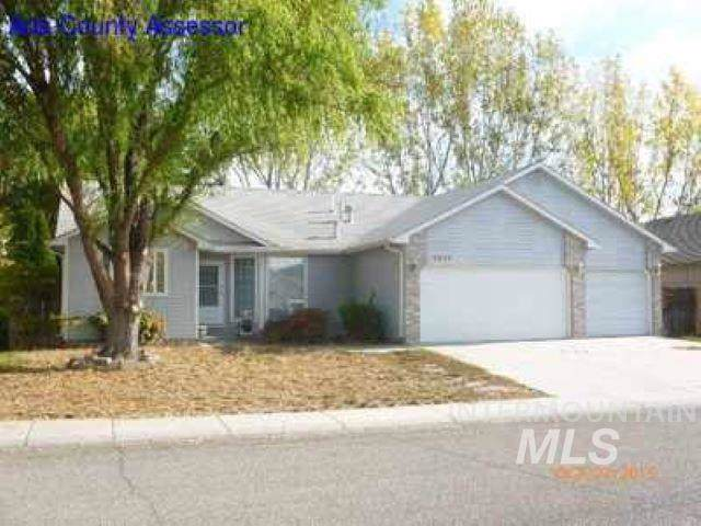 4574 N Lancer, Boise, ID 83713 (MLS #98748060) :: Givens Group Real Estate