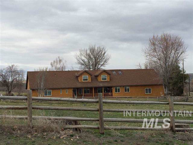 2925 S 1040 E, Hagerman, ID 83332 (MLS #98748346) :: 208 Real Estate