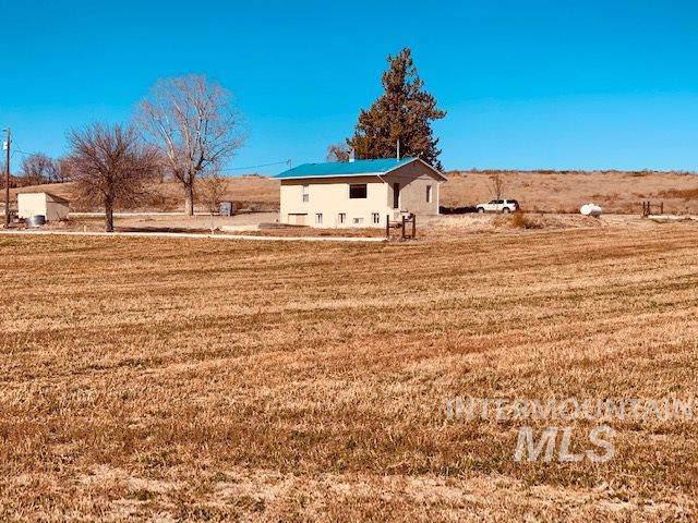 110 Otis Rd, Adrian, OR 97901 (MLS #98749442) :: Team One Group Real Estate