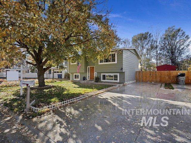 93 N Ada, Nampa, ID 83651 (MLS #98750011) :: Team One Group Real Estate