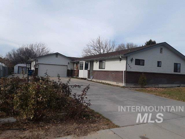1809 Taurus Dr, Nampa, ID 83651 (MLS #98750126) :: Team One Group Real Estate