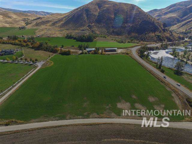 653 Highway 55, Horseshoe Bend, ID 83629 (MLS #98750752) :: Juniper Realty Group