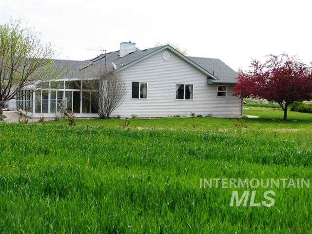 22310 Kimberly Road, Kimberly, ID 83341 (MLS #98751104) :: Bafundi Real Estate