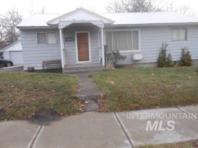 1392 Columbia Street, Pomeroy, WA 99347 (MLS #98751865) :: Juniper Realty Group
