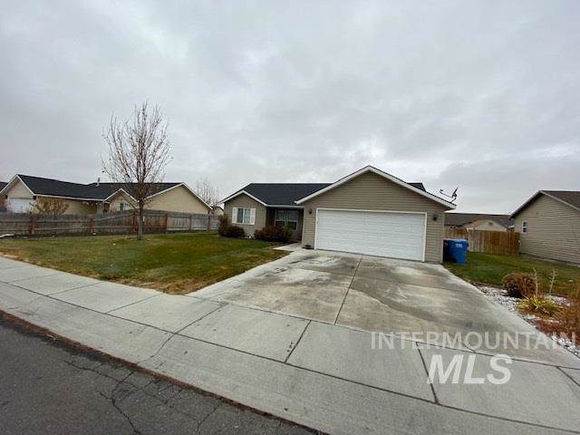 570 Cobra Court, Twin Falls, ID 83301 (MLS #98751960) :: Beasley Realty