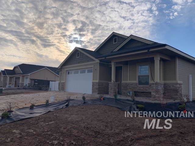 341 Grizzly Dr, Fruitland, ID 83619 (MLS #98754361) :: New View Team