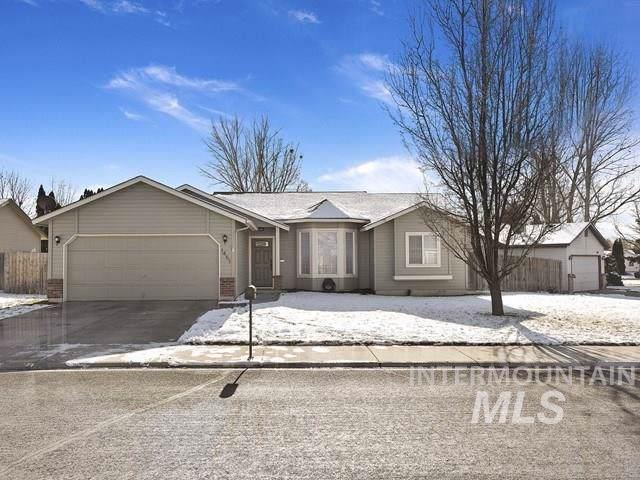 1451 N Stonehenge Way, Meridian, ID 83642 (MLS #98754820) :: Boise Valley Real Estate
