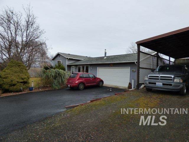 3411 22nd Street, Clarkston, WA 99403 (MLS #98755124) :: Adam Alexander
