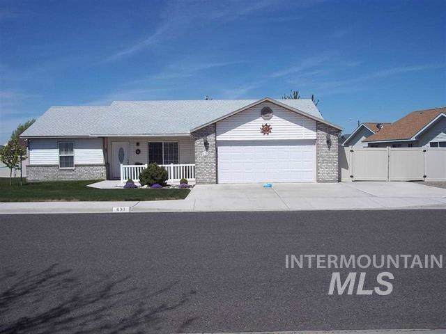 630 North  Pointe Dr, Twin Falls, ID 83301 (MLS #98755134) :: New View Team