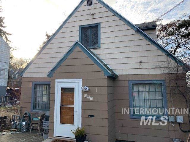 327 N Van Buren, Moscow, ID 83843 (MLS #98755947) :: Boise River Realty