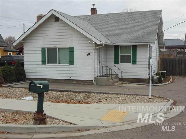 139 W 4th Street, Kuna, ID 83634 (MLS #98756938) :: Juniper Realty Group