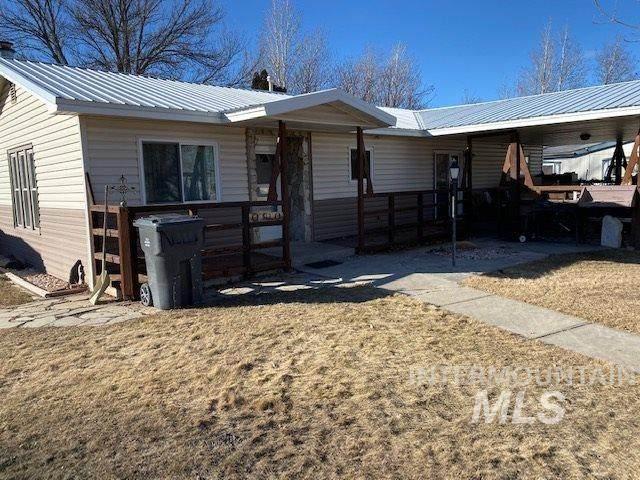513 N Carmen, Shoshone, ID 83352 (MLS #98756981) :: Boise River Realty