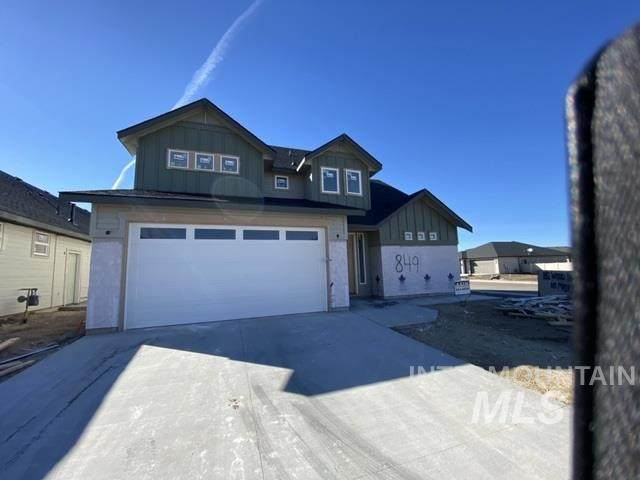 849 N Ash Pine Way, Meridian, ID 83642 (MLS #98757232) :: Givens Group Real Estate