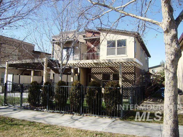 380 E 36th, Garden City, ID 83714 (MLS #98757441) :: Epic Realty