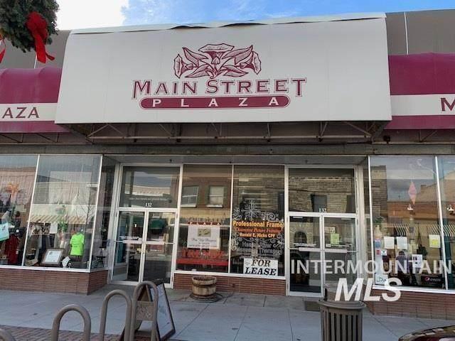 132 Main Ave - Photo 1