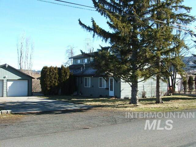 923 Crooks Street, Grangeville, ID 83530 (MLS #98757780) :: Juniper Realty Group