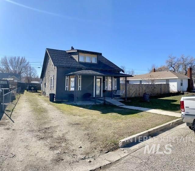 421 E 3rd, Emmett, ID 83617 (MLS #98757840) :: Own Boise Real Estate