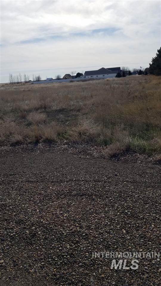 Lot 9 Blk 1 Pheasant Run, Mountain Home, ID 83647 (MLS #98758036) :: Boise Valley Real Estate
