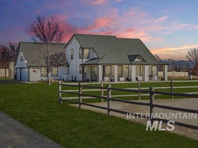 1425 W King Road, Kuna, ID 83634 (MLS #98759221) :: Full Sail Real Estate
