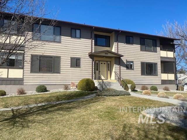 353 N Elm Street #2, Twin Falls, ID 83301 (MLS #98760589) :: Team One Group Real Estate