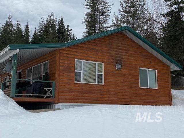 312 S 3rd Street, Elk River, ID 83827 (MLS #98760865) :: Boise Home Pros