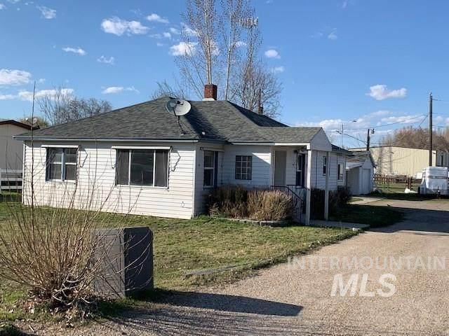 216 W Idaho, New Plymouth, ID 83655 (MLS #98761354) :: Boise Home Pros